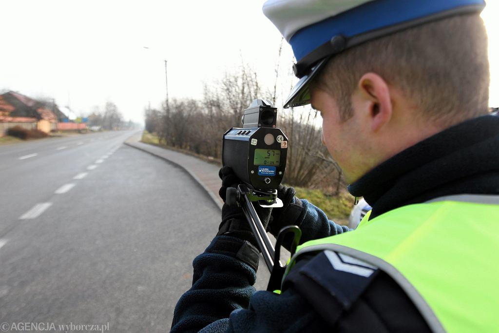 Policjanci mogą odebrać prawo jazdy za przekroczenie prędkości