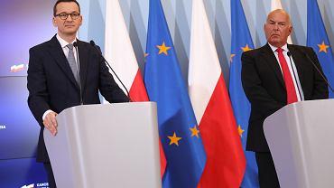 Premier Mateusz Morawiecki i minister finansów Tadeusz Kościński