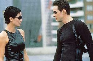 """Film trafi na platformę HBO MAX. Dzięki zwiastunowi nadchodzących produkcji poznaliśmy również tytuł nowego """"Matrixa"""", który nie jest zaskakujący."""