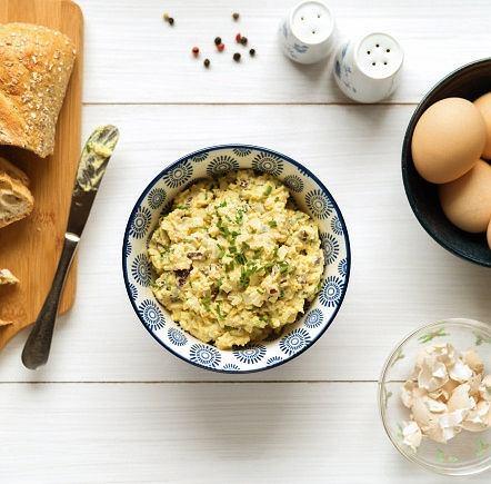Pasta majonezowo-chrzanowa, to tylko jedna z wielu propozycji na wykorzystanie jajek na twardo