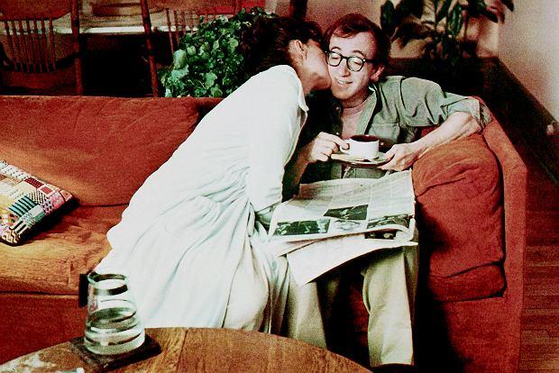 O związku w 'Annie Hall' Woody'ego Allena: - Ty nie lubisz nowości. - Prosiłem, byś przyprowadziła koleżankę z kursu, to zrobimy to we troje. - To jest chore! - Nie miało być zdrowe, miało być nowe.