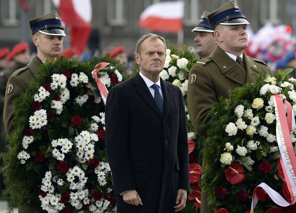 Donald Tusk na uroczystościach Święta Niepodległości (fot. Alik Keplicz/AP Photo)