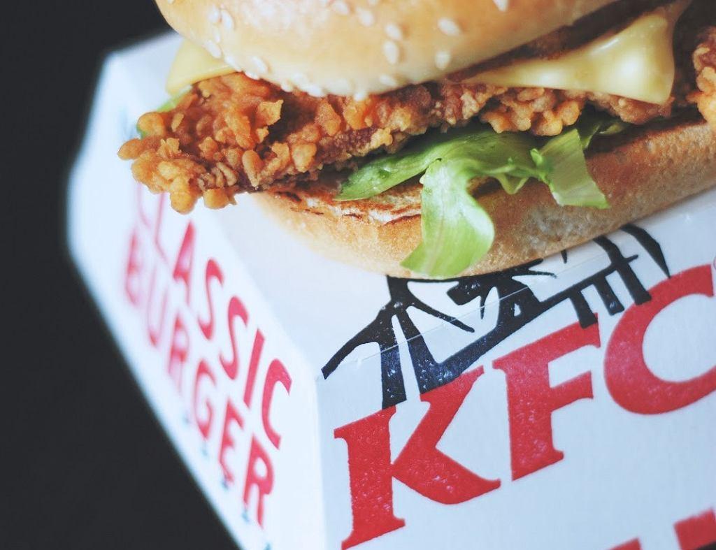 KFC wprowadza do swojego menu wegetariańskiego burgera