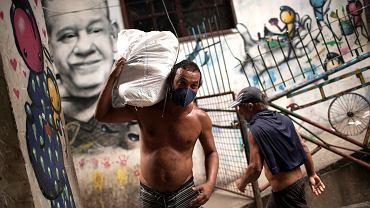 Największa fawela w Brazylii - Rocinha, wprowadza środki ostrożności w związku z koronawirusem.