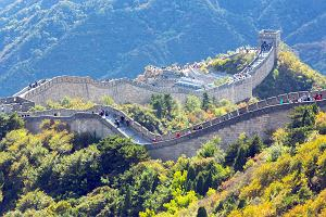 W Chinach życie powoli wraca do normalności. Można już zwiedzać Wielki Mur Chiński
