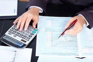 Jak ocenić ofertę wykonawcy, który nie jest płatnikiem VAT?