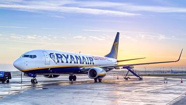 Ryanair ogłosił zimowy rozkład lotów. Nowe połączenia do ciepłych krajów. Część popularnych tras zawieszona