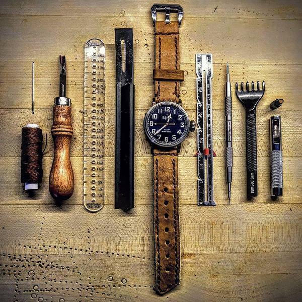 Jak dbać o skórzany pasek od zegarka?
