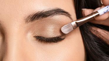 Prosty makijaż oka krok po kroku