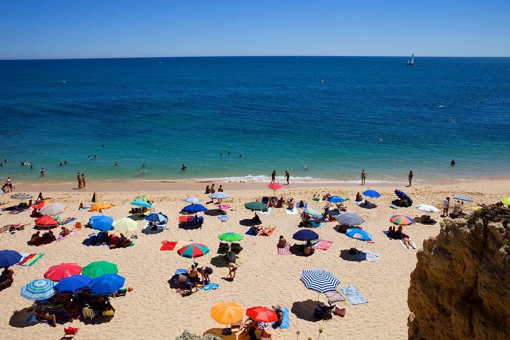 Portugalia otwiera plaże 6 czerwca