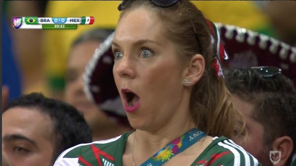 Reakcja fanki, mecz Brazylia-Meksyk