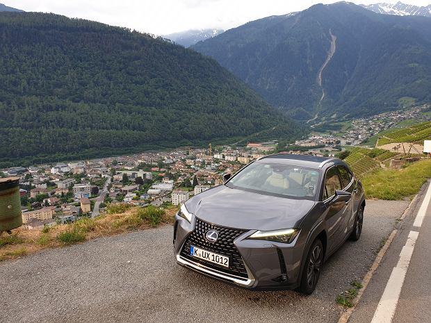 Opinie Moto.pl: Lexus UX - crossover, który nie jest SUV-em