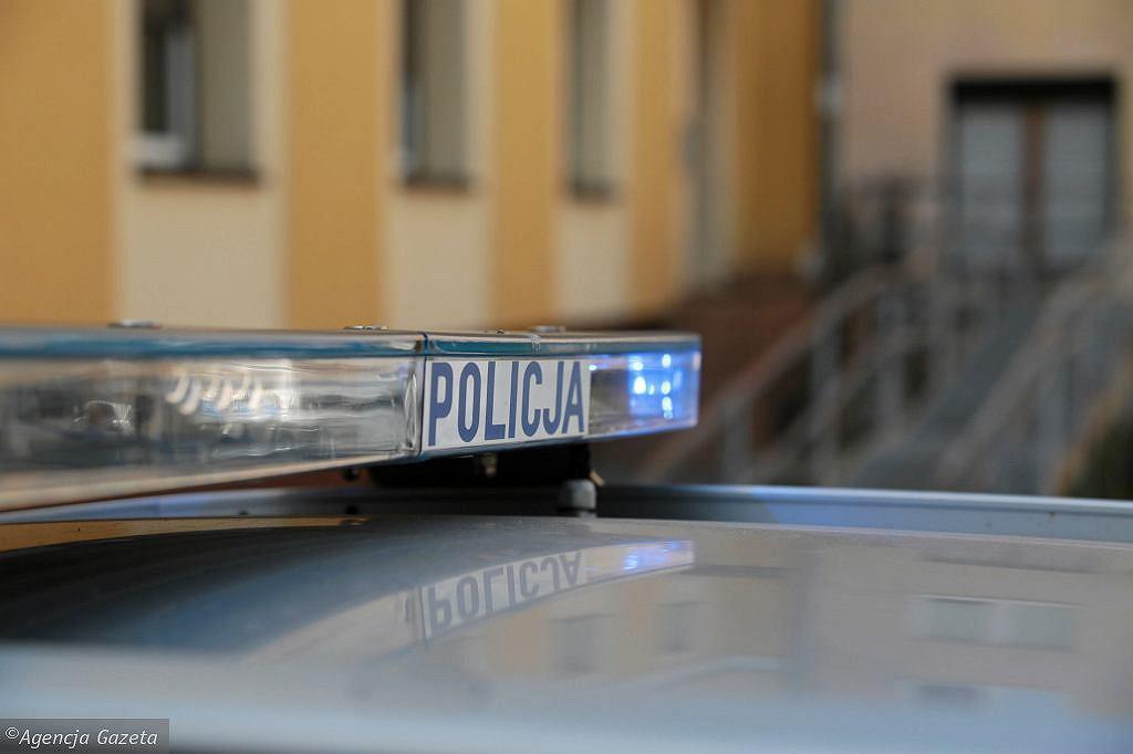 63-latek zatrzymany w związku z zabójstwem na Bródnie. Strzelił do matki, ranił nożem syna