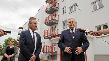 Przekazanie mieszkań w nowym bloku komunalnym przy ul. Borsuczej