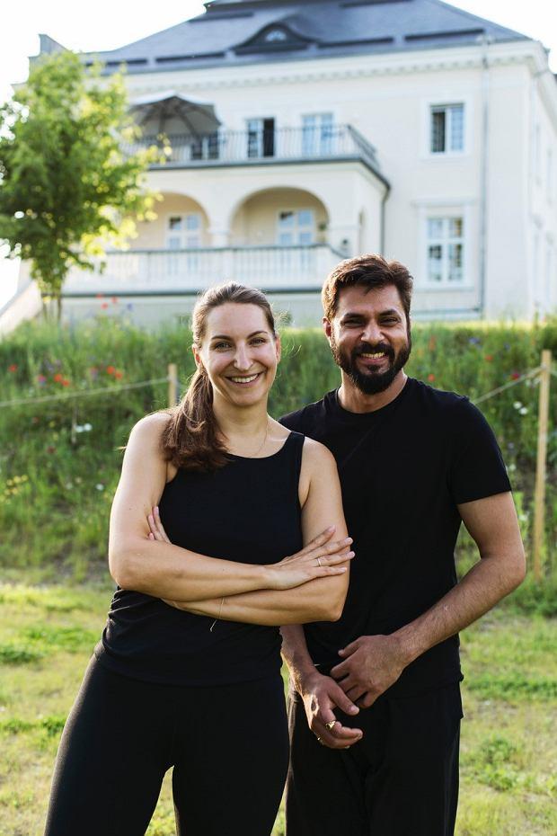 YOGA RETREATMENT W PAŁACU KOMIEROWO