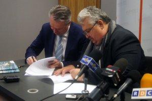 Umowa na budowę hali sportowej w Radomiu podpisana [ZDJĘCIA]