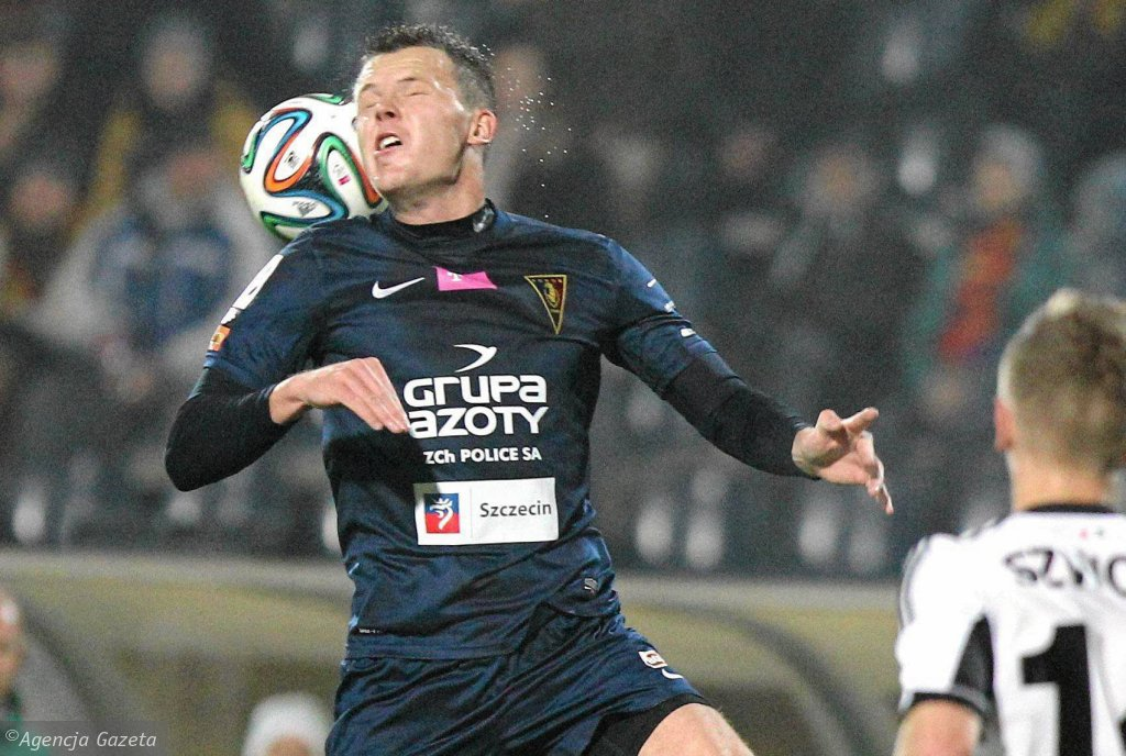 Mateusz Matras podczas meczu Pogoń - Legia 2:1