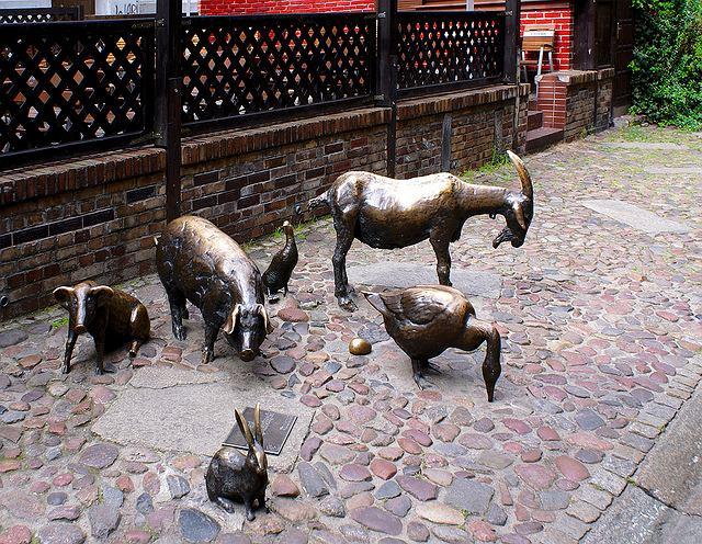 Pomnik ku czci zwierząt rzeźnych/ Fot. CC BY 2.0/ Angelo Romano/ Flickr.com