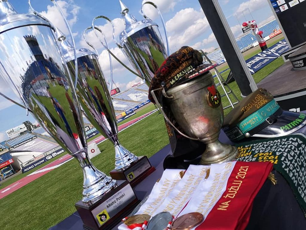 Trofea indywidualnych mistrzostw Polski na żużlu