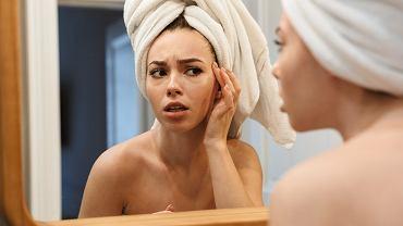 Trzy pielęgnacyjne mity, przez które szkodzisz swojej skórze. Uważaj, mogą postarzać