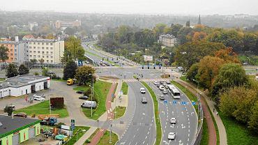 Oddany do użytku pod koniec 2012 r. V etap obwodnicy śródmiejskiej (od ul. Krasińskiego do Arkońskiej) kosztował 65 mln zł