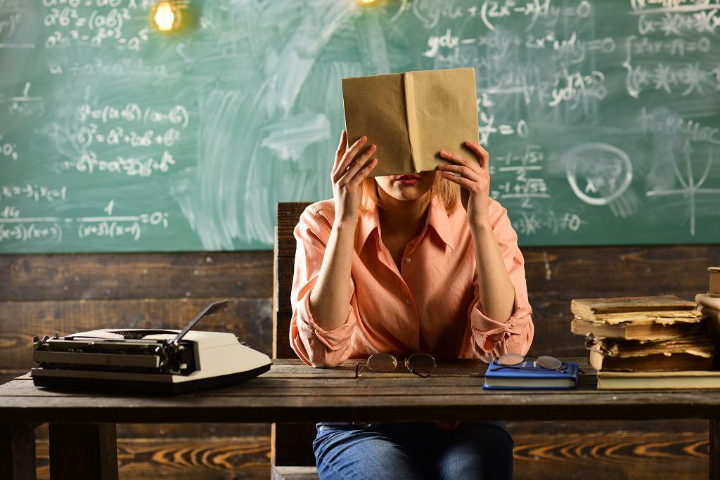 Nauczyciele w klasach dwujęzycznych będą mieć podwyższone dodatki