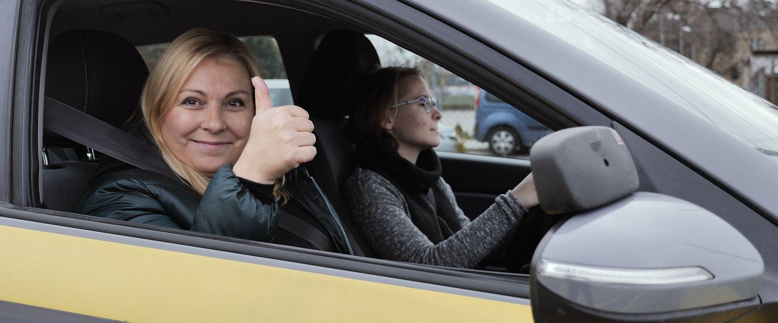 Kasia Kowalczyk, instruktorka jazdy, właścicielka Babskiej Autoszkoły w Warszawie (Fot. Gazeta.pl)