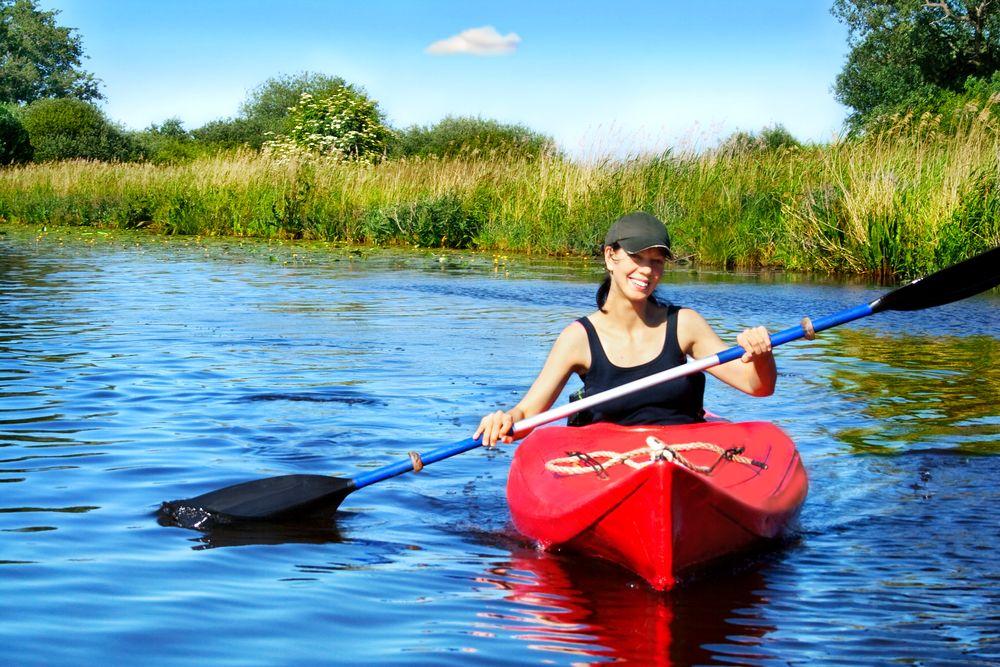 Po regionie Tokaj można pływać kajakiem / fot. Shutterstock