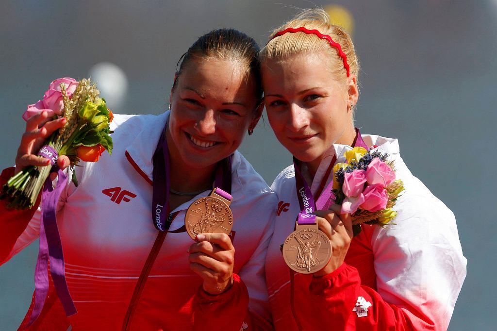 Karolina Naja i Beata Mikołajczyk