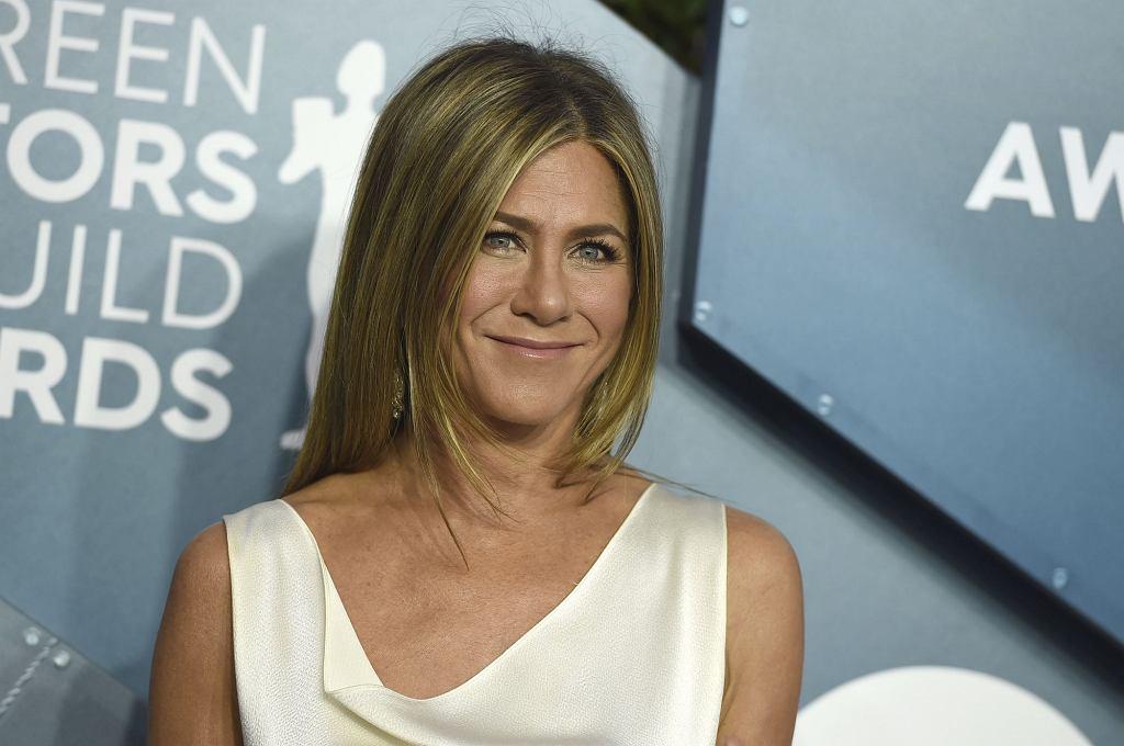 Jennifer Aniston zdradziła swój trik na piękne i błyszczące włosy. Używa produktu dla koni