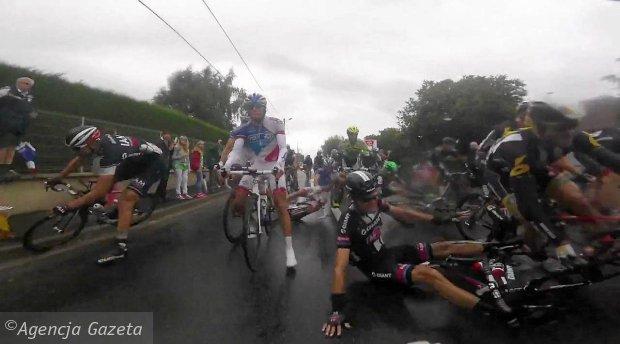 Kraksa na piątym etapie Tour de France