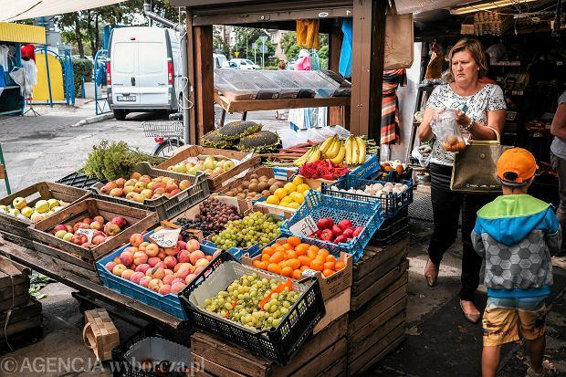 Niedziela handlowa czy niedziela bez handlu? Jakie sklepy mogą sprzedawać bez ograniczeń?