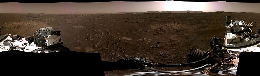 Panorama Marsa z łazika Perseverance