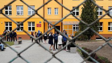 Pierwszy dzień matur - język polski. W Piasecznie egzamin odbył się bez przeszkód, 6 maja 2019