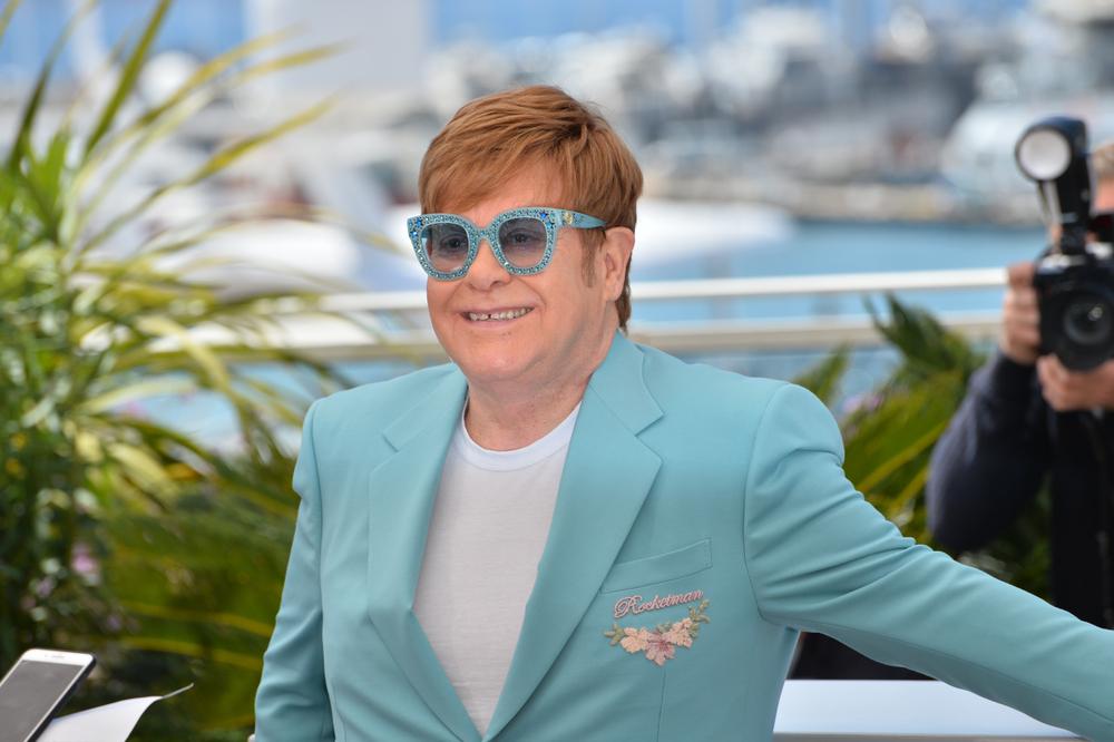 Elton w 2019 r. podczas Festiwalu w Cannes (fot. Shutterstock)