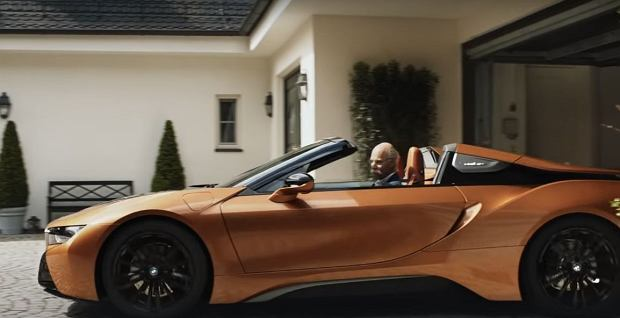 Dieter Zetsche odchodzi ze stanowiska prezesa Daimler. Spot BMW