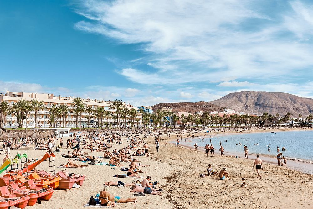 Turyści na Wyspach Kanaryjskich będą musieli instalować aplikację śledzącą