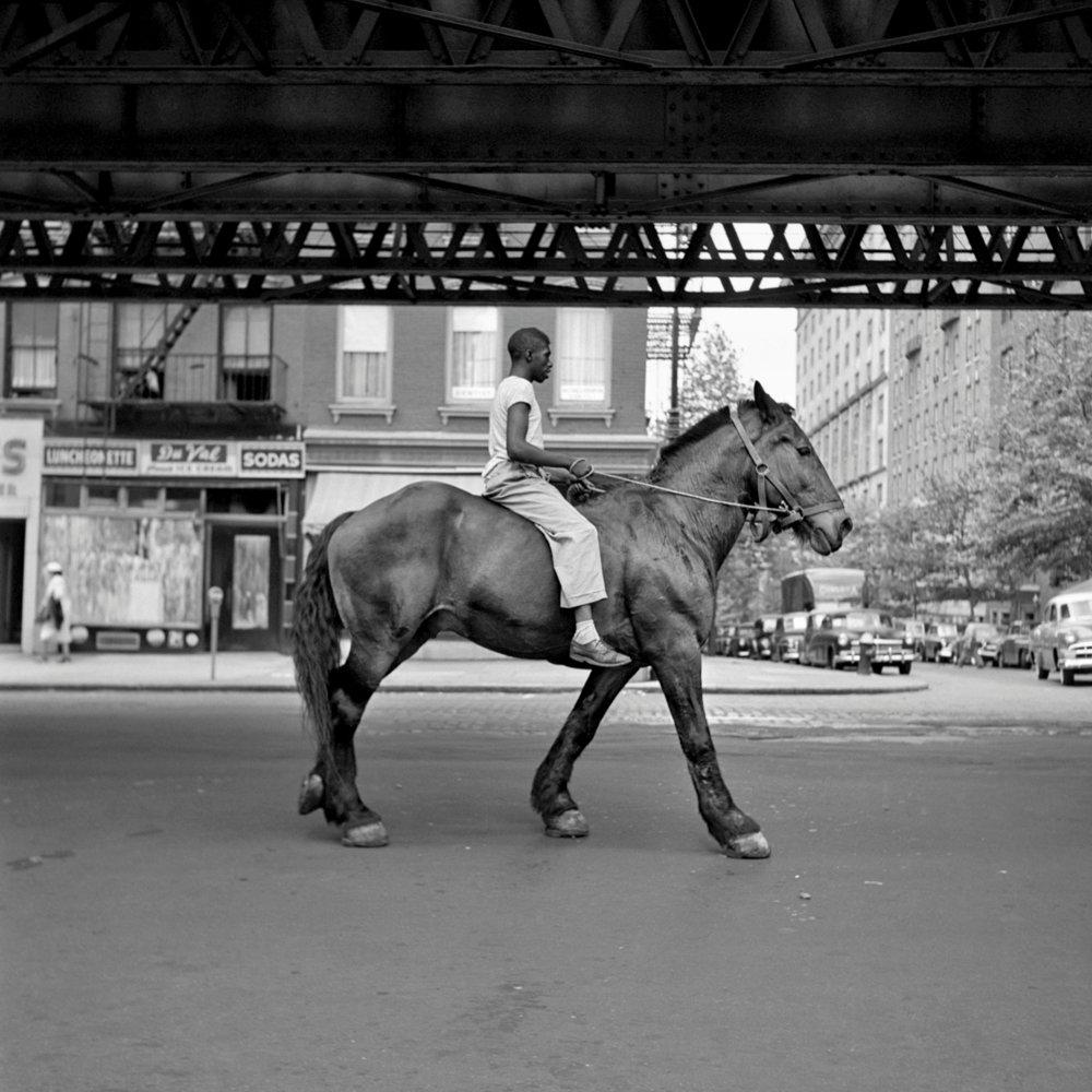 Vivian Maier, Afroamerykanin na koniu w Nowym Jorku
