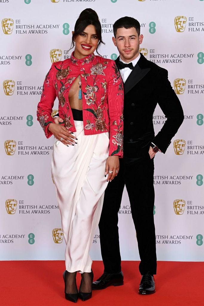 Nagrody BAFTA 2021: Priyanka Chopra Jonas i Nick Jonas