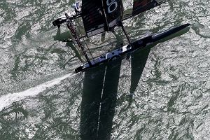 Oracle Team USA triumfuje w America's Cup World Series