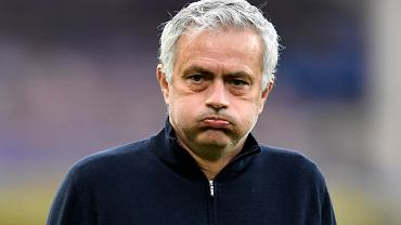 Jose Mourinho podczas meczu Tottenhamu z Evertonem, 16 kwietnia 2021 r.