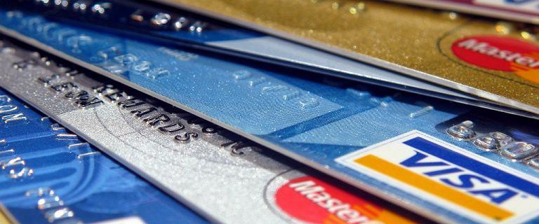 Rzecznik Finansowy alarmuje - rośnie liczba skarg na kradzieże z kont bankowych