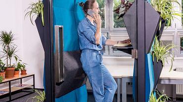Anna Tórz z Poznańskiego Parku Naukowo-Technologicznego w Poznaniu w kabinie  firmy Moonstera