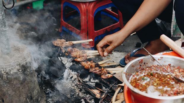 Na wakacjach koniecznie spróbuj zupy na jaskółczych gniazdach lub skorpionów: będziesz zdrowszy i szczęśliwszy!