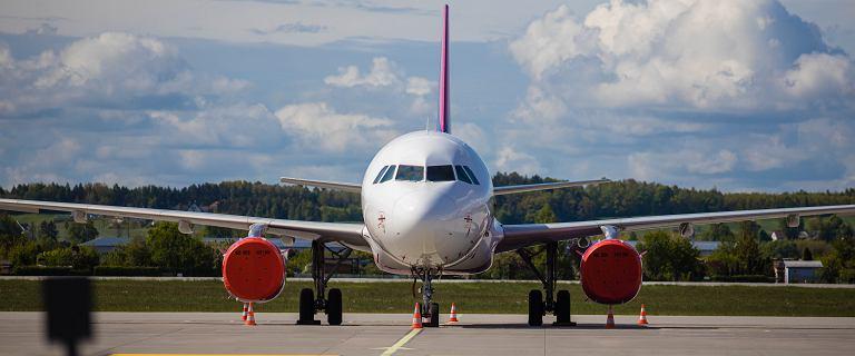 Rząd zakaże lądowania samolotów z 45 krajów świata. Na liście m.in. Rosja i USA