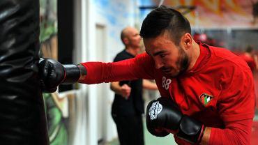 Piłkarze Zagłębia trenowali boks