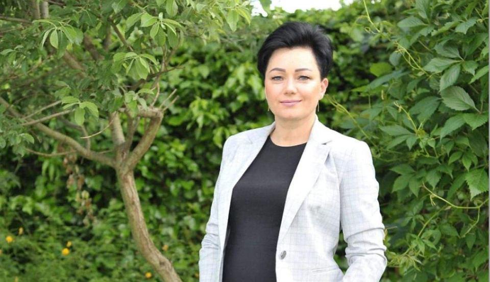 https://bi.im-g.pl/im/94/f0/19/z27200148V,Sylwia-Dabrowska--nowo-wybrana-burmistrz-Boguszowa.jpg