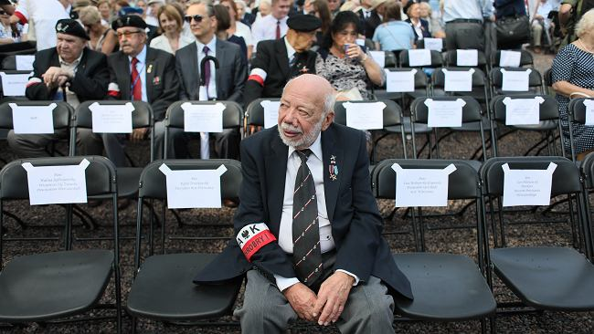 """""""Nigdy nie miałem wątpliwości, czy chwycić za broń"""". Zbigniew Galperyn wspomina 63 dni walk o stolicę"""