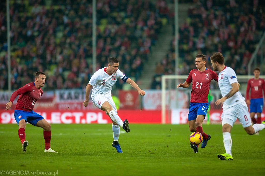 Robert Lewandowski podczas swojego setnego meczu w reprezentacji: Polska - Czechy. Gdańsk, 15 listopada 2018