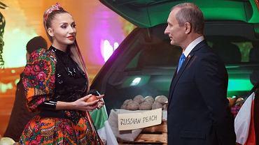 Cleo z sobowtórem Putina